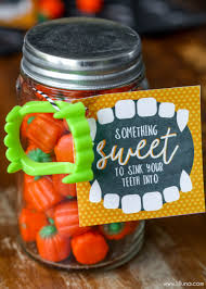 Send Halloween Gift Baskets Diy Halloween Gift Idea And Halloween Printable Free Halloween