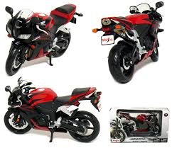 honda motorcycle 600rr amazon com honda cbr 600rr motorcycle 1 12 scale red by maisto
