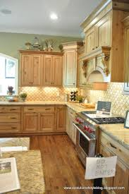 Wall Colors For Kitchens With Oak Cabinets 25 Best Kitchen Designs Images On Pinterest Maple Kitchen