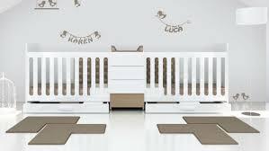 chambre pour jumeaux lit bébé évolutif pour jumeaux modular nature lit bébé pour