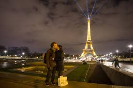 travel photography images 6 ways to take great couple photos while traveling jpg