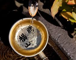 is a horseshoe over house door good feng shui how water fountains bring wealth and prosperity into your home