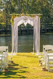wedding backdrop arch 21 macrame knotted décor ideas for boho chic weddings weddingomania