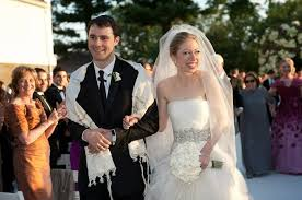chelsea clinton wedding dress chelsea clinton s wedding gown spoke beyond the silence the new