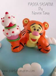 77 best winnie the pooh images on pinterest amazing cakes