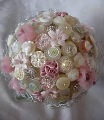 button bouquet can make with ball tipped straight pins into a