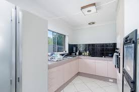 2 parnoo avenue burleigh heads qld 4220 sold house ray white