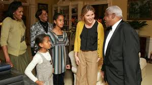 obama white house tour jenna bush hager shares rare photos of obama daughters first