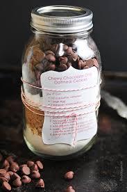 8 sweet food gifts in a mason jar free printables