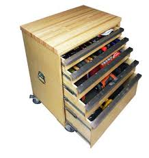 Build Wood Garage Cabinets by Best 25 Tool Storage Cabinets Ideas On Pinterest Tool Drawers