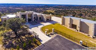 Comfort Tx Real Estate 4 25 Million Contemporary Home On 28 Acres In Comfort Tx Homes