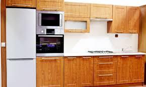 reparation armoire de cuisine les avantages et les inconvénients des armoires de cuisine en bois