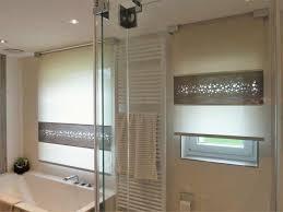 rollos f r badezimmer rollos für badezimmer raffrollos furs badezimmer sorgen fur eine