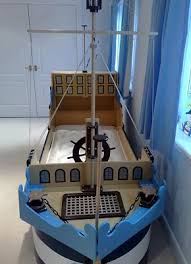 Pirate Ship Toddler Bed 25 Amazing Boat Rooms For Kids Design Dazzle