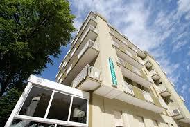 hotel beau rivage la cuisine hotel beaurivage rivazzurra di rimini via trapani 10 côte adriatique