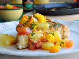cuisiner l espadon espadon grillé salsa épicée comme aux antilles le cuisine de