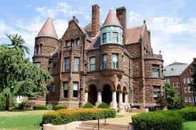 what is the romanesque revival house style