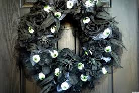 halloween decorations that are on pinterest a spooky eyeball