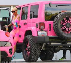 blac chyna jeep amber rose flaunts backside in pink bodysuit vibzn