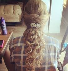 hairstyles for long hair cute curly hairstyle