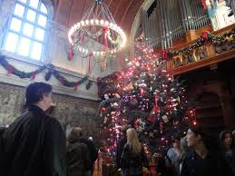 wonderful christmas interior decorating ideas youtube loversiq christmas decorations cheryl draa largest indoor tree in one of the homes america fleur de