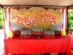Carnival Themed Table Decorations Best 25 Vintage Carnival Games Ideas On Pinterest Circus Party