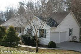 Carolina Cottages Hendersonville Nc by 90 Roasted Chestnut Trail Hendersonville Nc 28792 Hotpads