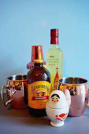Traditional Housewarming Gifts Moscow Mule Cocktail Gift Guide Sunny Sweet Days