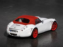 wiesmann official new v8 engines from bmw for wiesmann mf4 and mf5