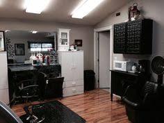 Home Salon Decorating Ideas 3 New Age Tips To Find A New Salon Small Salon Green