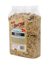 amazon com bob u0027s red mill old country style muesli 40 ounce