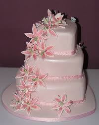 heart wedding cake adore wedding cake pink heart with lillys wedding cake from