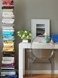 Bookshelves Small Spaces by Top 25 Best Invisible Bookshelf Ideas On Pinterest Shelves How