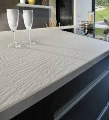 plan de travail cuisine quartz cuisine plan de travail en îlot de cuisine moderne clair en quartz