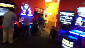 having fun inside the game room at gatti u0027s pizza portsmouth oh