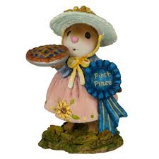 wee forest folk m 321d prize pie fall festival whimsey