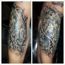 tattoo camo before and after torn skin digital camouflage tattoo tattoos pinterest