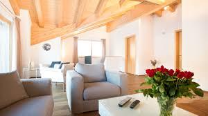 Schlafzimmer Im Chalet Stil Dachgeschoss Chalet Talisman In Zermatt Youtube