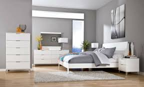 Bedroom In Gray   Bedrooms With Significant Presence Of Gray - Bedrooms with white furniture