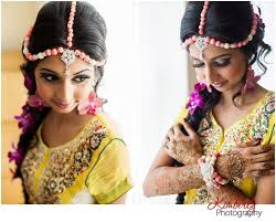 flower necklace wedding images Shopzters 25 floral jewellery inspirations that re establish the jpg