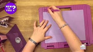 how to make beautiful boxes using a score board with leann chivers