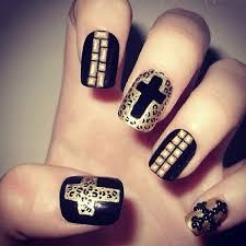 cute black nails with dotted colore design sooper mag