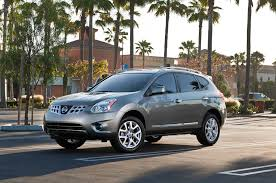 nissan rogue youtube 2014 current rogue to live on as 2014 nissan rogue select