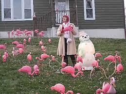 14 hideous lawn decorations flamingo