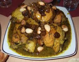 cuisine marocaine poulet aux olives poulet aux raisins et amandes les delices de oumsafiya