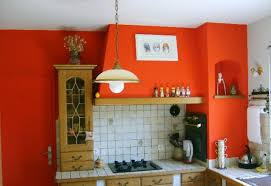 d馗oration peinture cuisine deco peinture cuisine photo avec deco cuisine couleur framboise