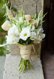 wedding flowers bouquet you might want these 10 winter flowers in your bouquet a