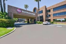 Comfort Inn And Suites Anaheim Hotel In Orange Best Western Plus Meridian Inn U0026 Suites Anaheim