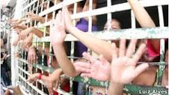 O que faz as prisões do Brasil serem chamadas de 'medievais'?
