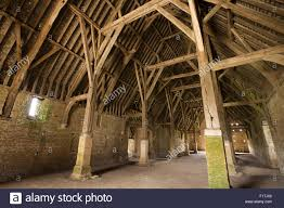 uk oxfordshire faringdon great coxwell 14th century tithe barn stock photo uk oxfordshire faringdon great coxwell 14th century tithe barn interior roof supported on stone aisle posts